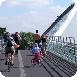 York / Selby – Solar System cycle path